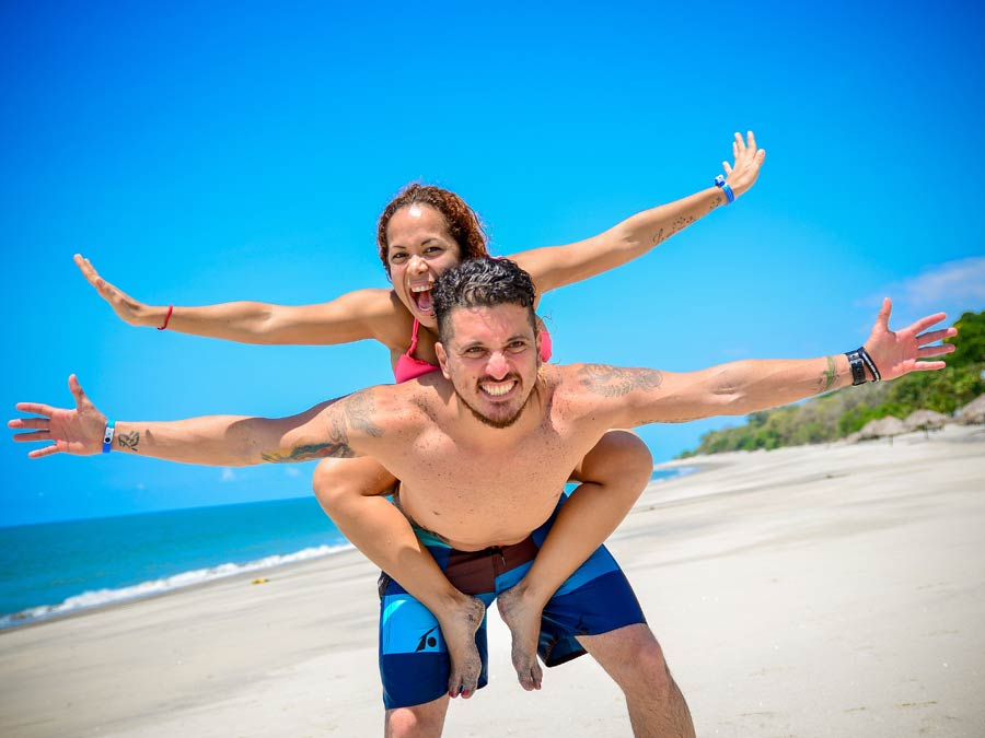 beach-piggyback
